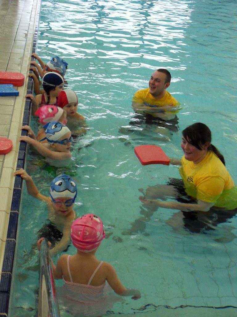 gayton pool children 39 s swimming lesson gayton pool