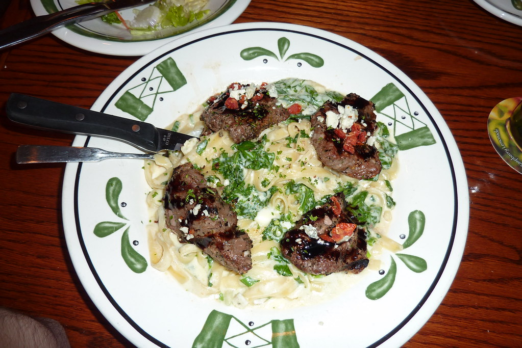 Steak Gorgonzola Alfredo Bei Olive Garden Grilled Beef Med Flickr