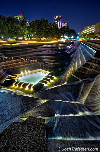 Water Gardens Fort Worth Texas Josh Trefethen Flickr