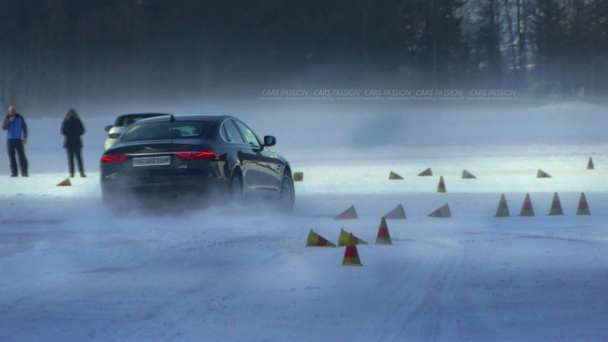 land-rover-ice-drivng-esperience-gstaad-(55)