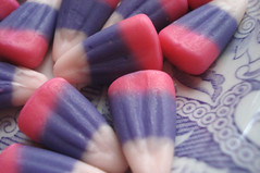 Pink & Purple Candy Corn | by such pretty things