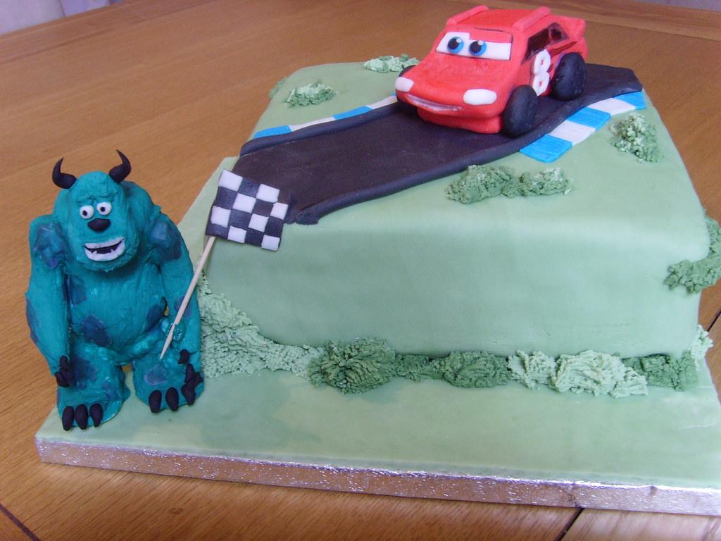 Easy Novelty Birthday Cakes