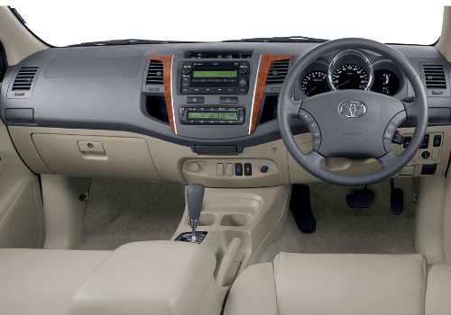 toyota fortuner dashboard interior photo toyota fortuner i flickr. Black Bedroom Furniture Sets. Home Design Ideas