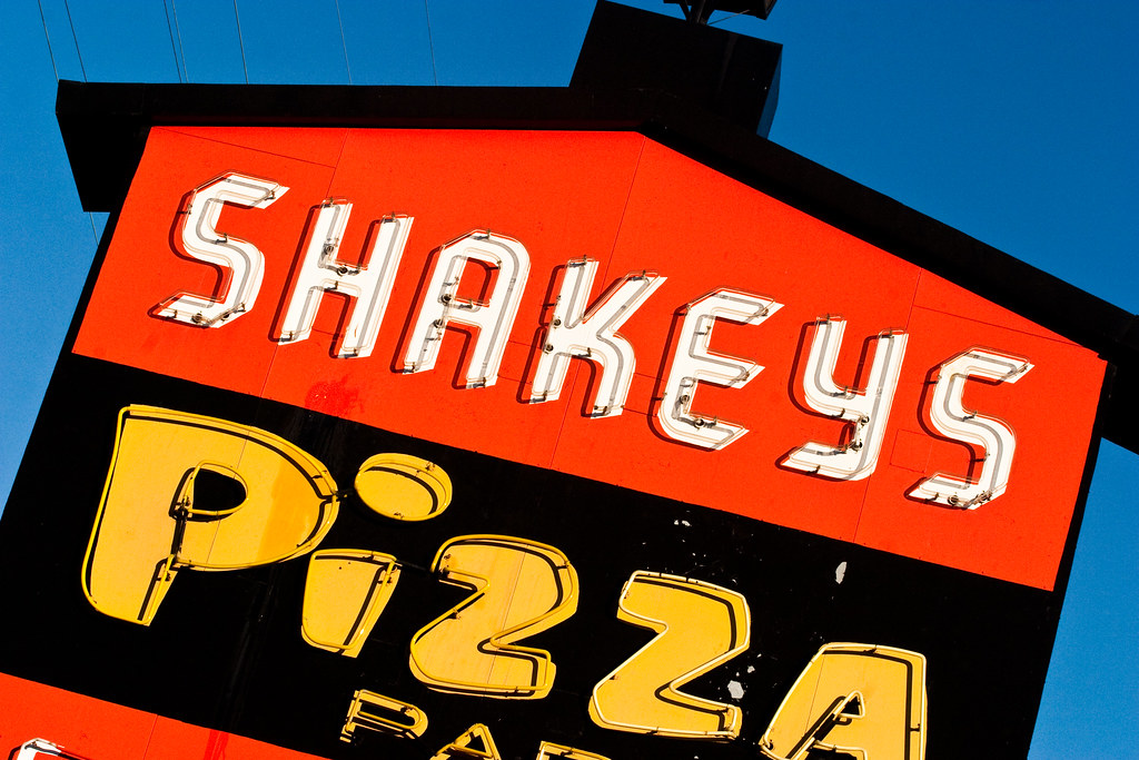 shakeys pizza parlor, plate 2 | shakey's pizza restaurant 22… | flickr