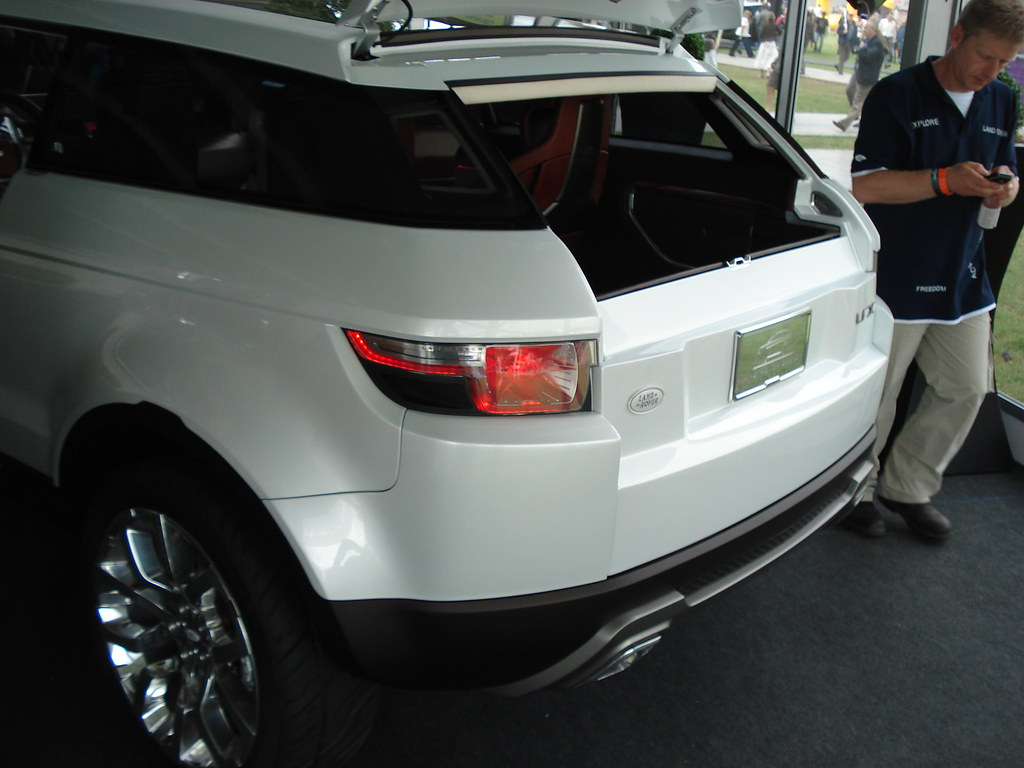 Land Rover LRX Concept Car Backend (2008)   This is the back…   Flickr