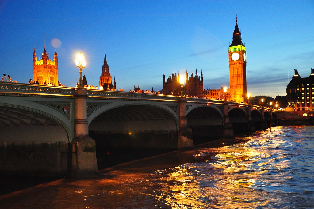 Westminster Bridge London by night | The river Thames and