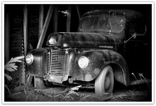 Old IH pickup | by Huleo-1