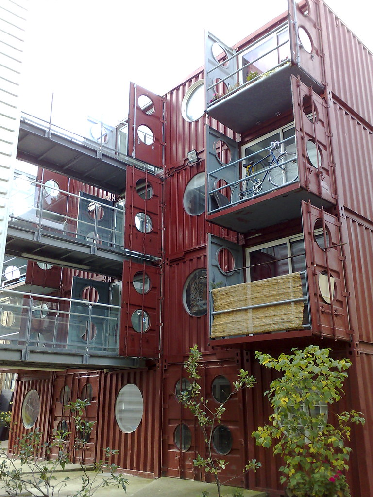 Container city for Habiter container