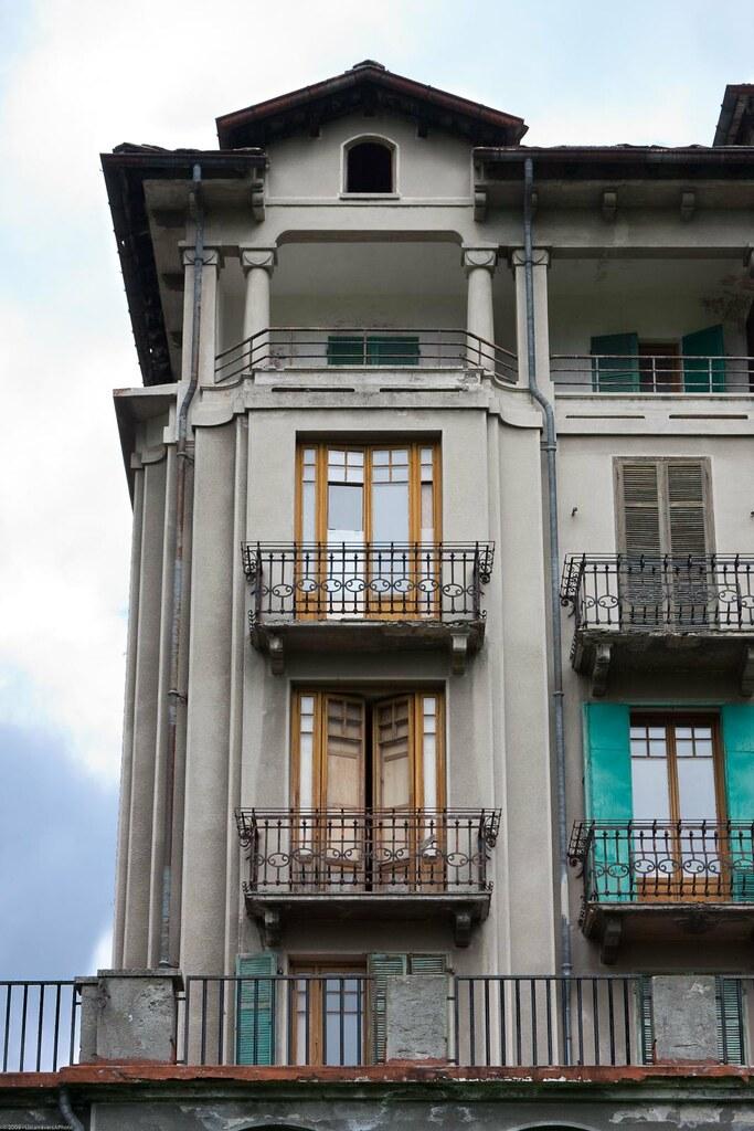 All White Hotel In Miami