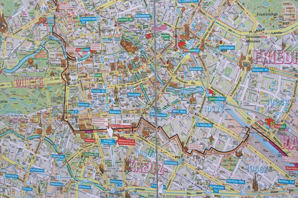 Map  Berlin Wall  Map of the Berlin Wall Kart med Berlinmu