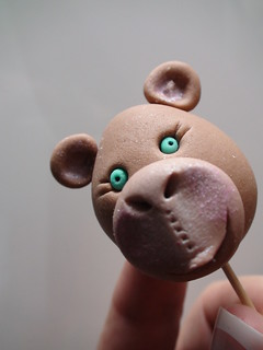 Monkey head...edible | by kylie lambert (Le Cupcake)