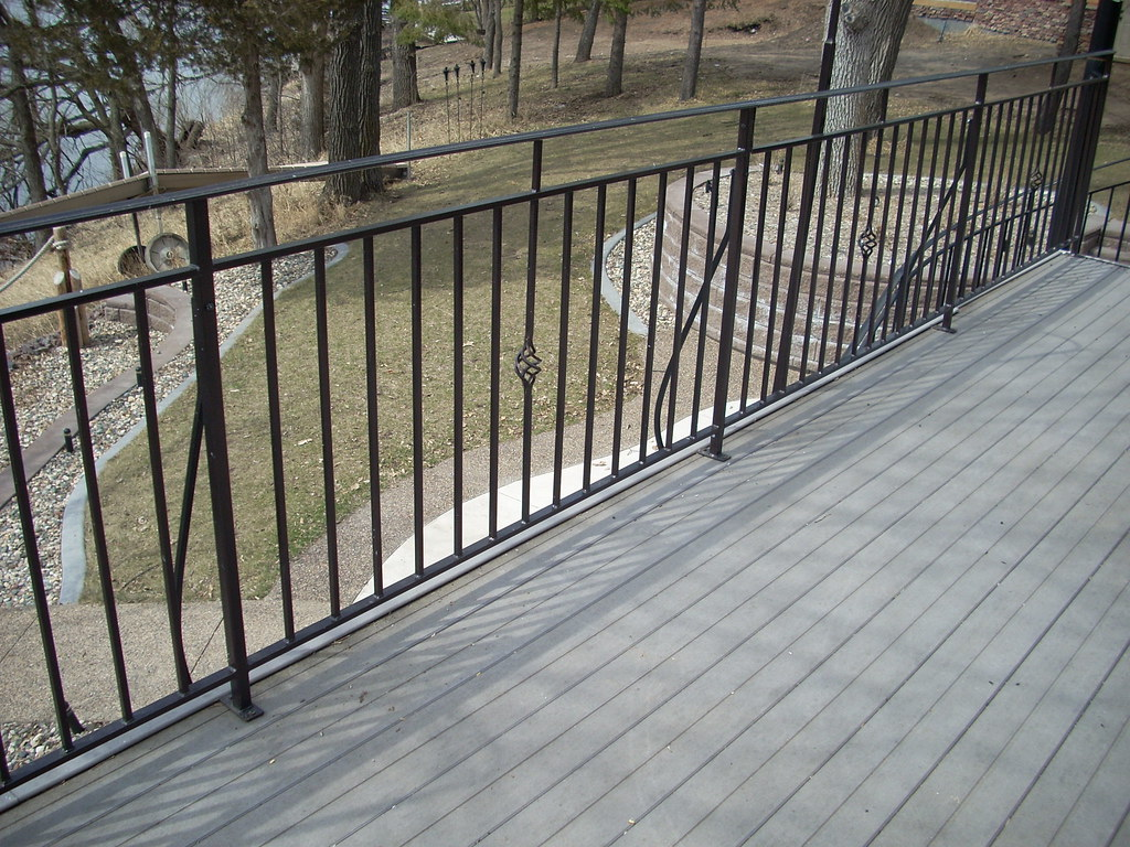 Metal deck railing steel metal deck railing heritage for Metal balcony