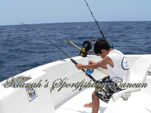 Ton deep sea fishing cancun light tackle avet reels for Deep sea fishing cancun
