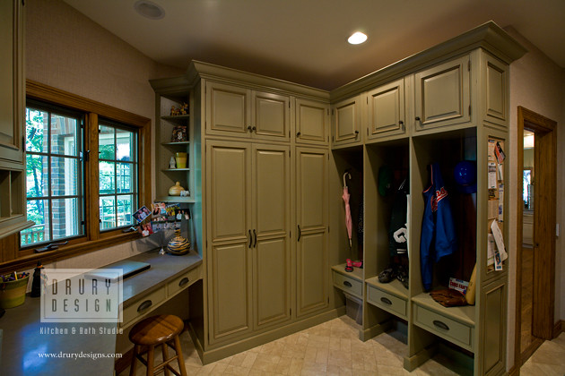 Mud room drury design kitchen bath studio 512 n main for House plans with large mud rooms