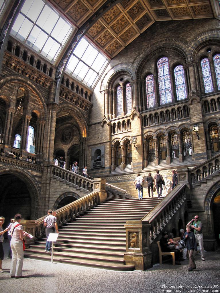 D Exhibition London : The natural historical museum london uk
