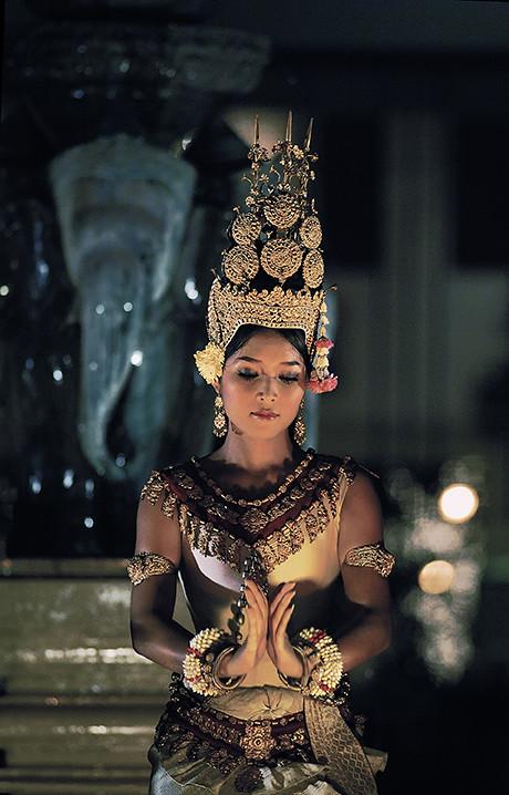 Cambodian girl star nakd-5446