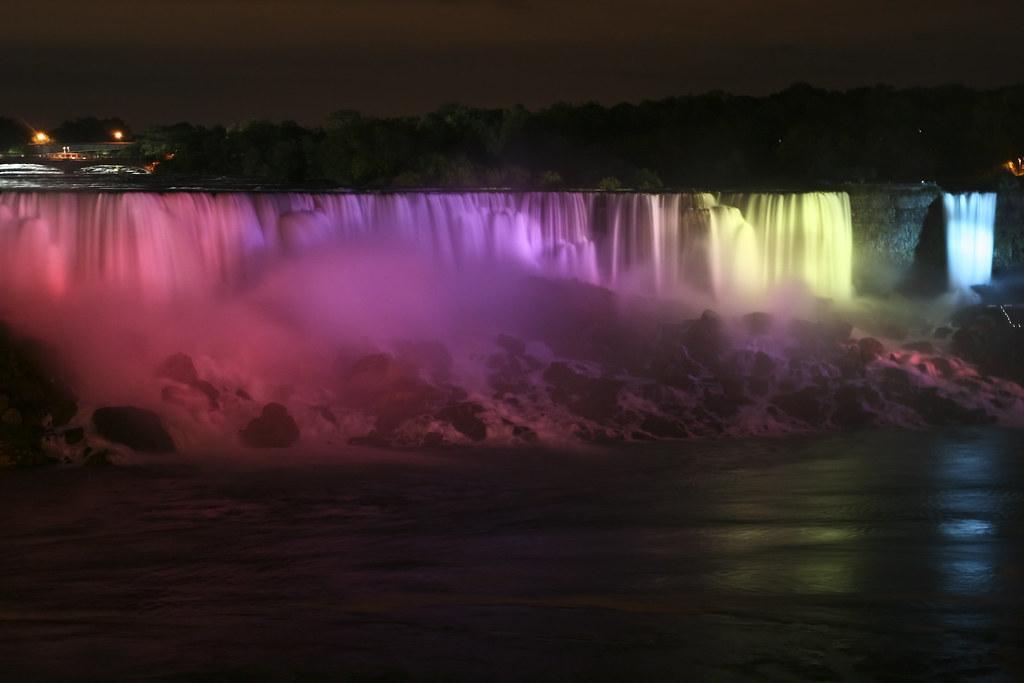 Niagara Light