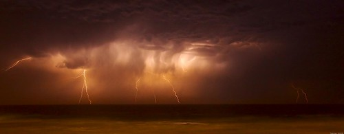 Lightning in Manly | by teejay_hh