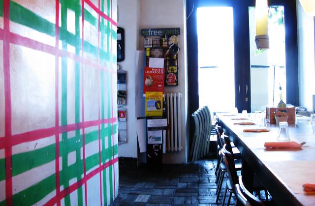 Decorer Un Mur Avec Des Cubes Et Cadre Salon