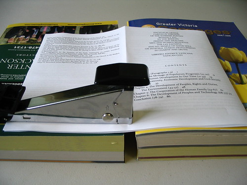 how to staple a booklet