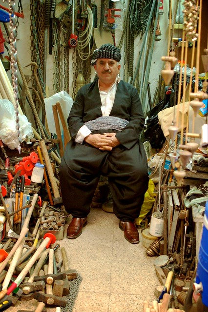Tooly throne october 2009 sulaimani iraqi kurdistan - De breuyn mobel ...