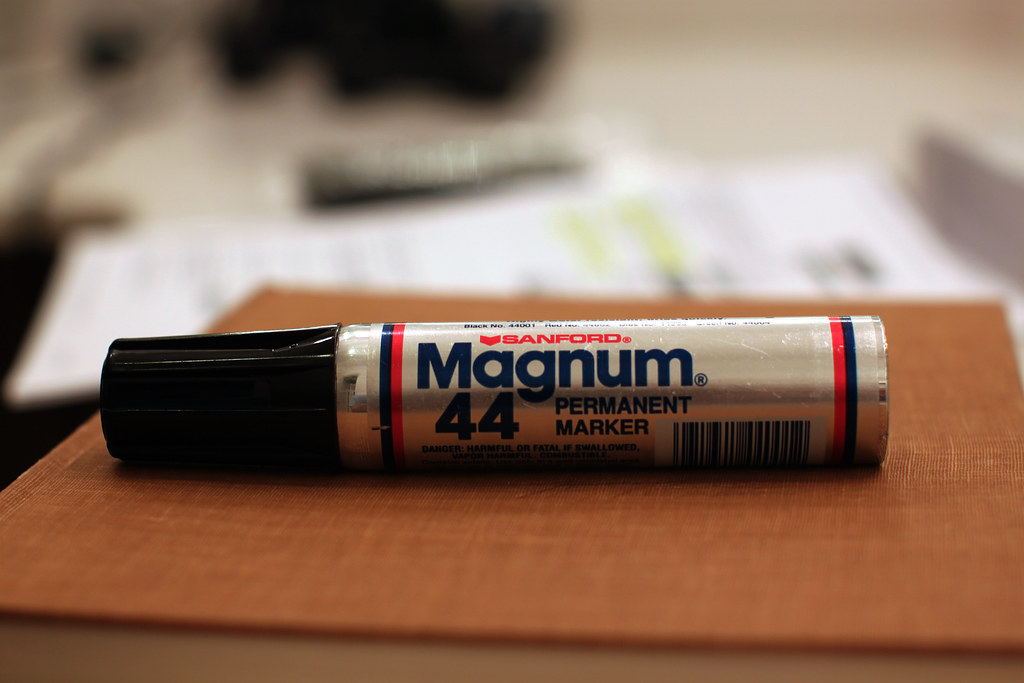 Sharpie Magnum Marker Pen Permanent Chisel Tip - Permanent ...