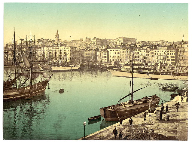 Old harbor vieux port marseille france with h tel di - New hotel vieux port marseille booking com ...