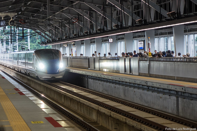 Hokuriku-Shinkansen-71