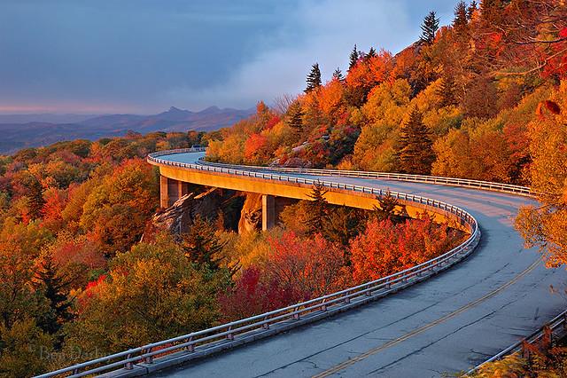 Linn Cove Viaduct   Blue Ridge Parkway, NC