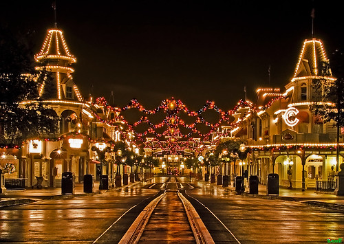 A Tranquil Christmas on Main Street, USA | by Tom.Bricker