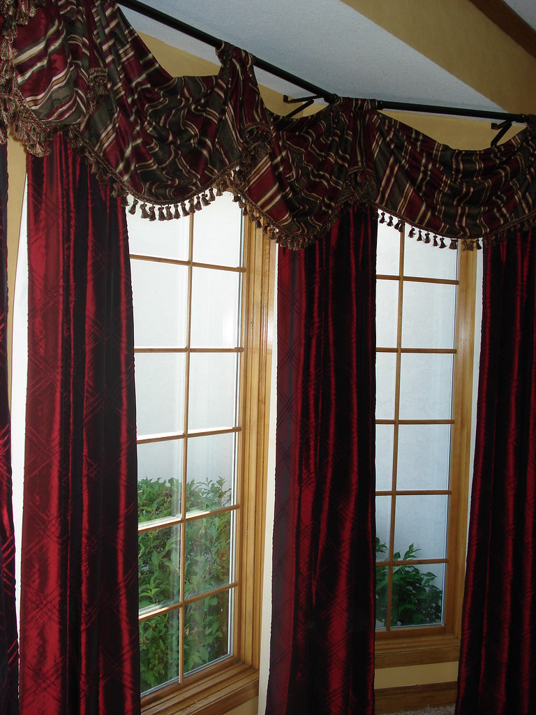 beautiful bay window treatment you can use a rod on