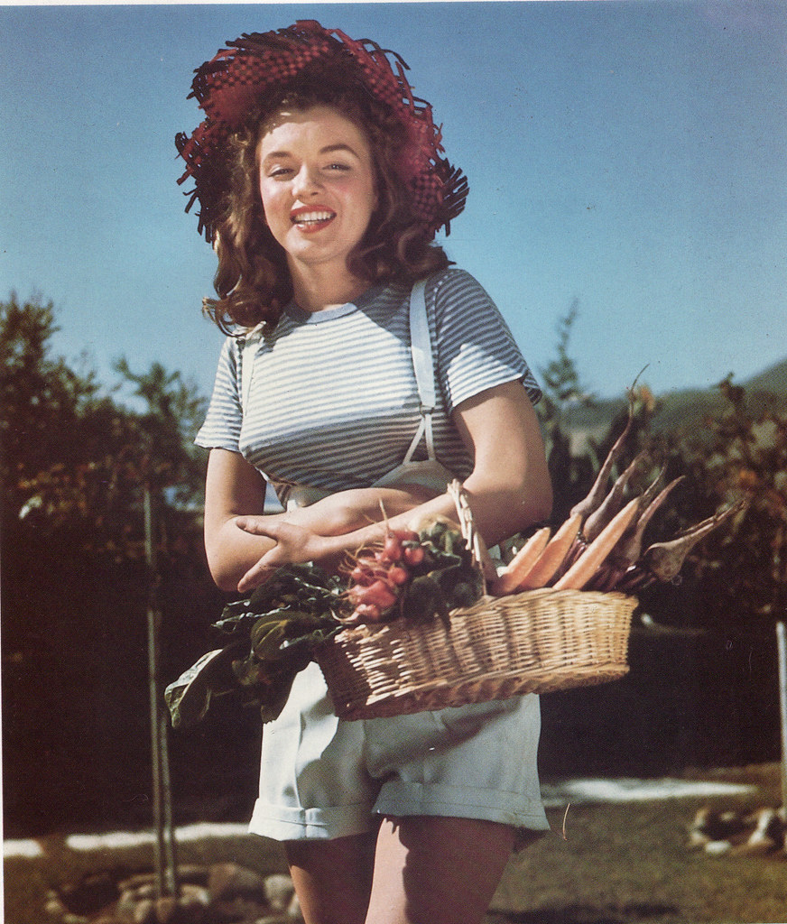 Marilyn As A Farm Girl, 1945  Norma Jeane, Aged 19  Flickr-8468