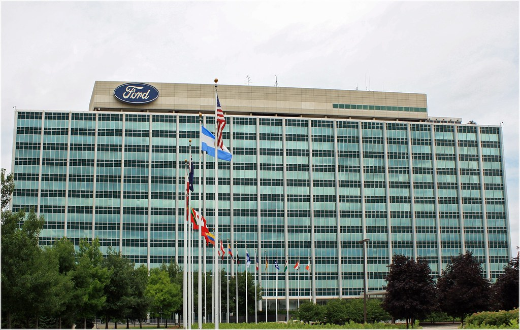 Ford headquarters the glass house in dearborn mi flickr for Building a home in michigan