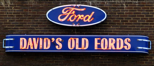 Old Fords And A Natural Stone Chords