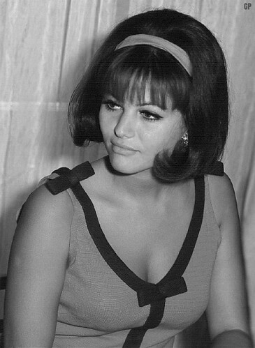 Hairstyle 1965 Claudia Cardinale 2 Mizur Flickr