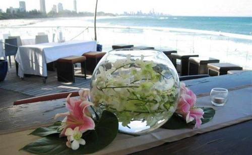 Centro de mesa con flores pecera con flores sumergidas - Centros de mesa con peceras ...