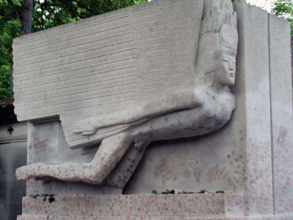 Visit Pere Lachaise Cemetery : pere la chaise cemetery - Sectionals, Sofas & Couches