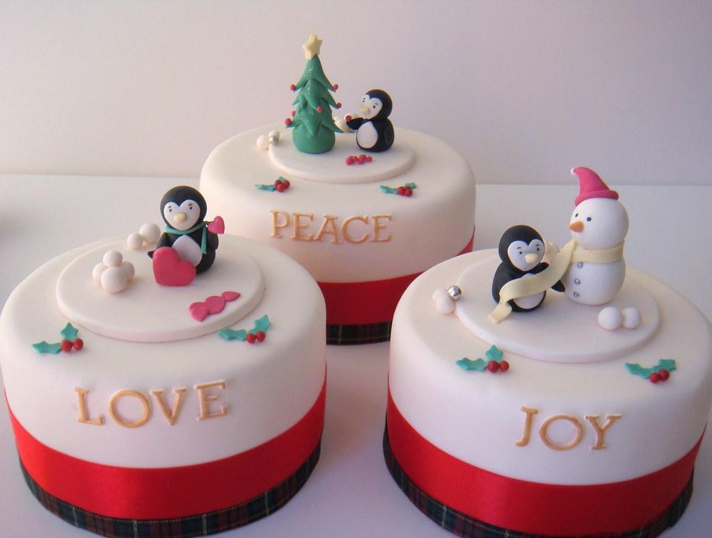 Christmas Cakes Mini Cakes For The Christmas Range