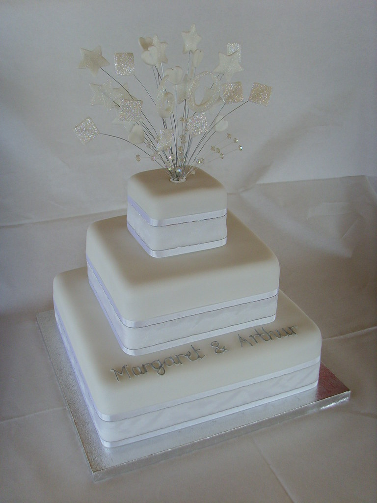 Pictures Of Diamond Wedding Anniversary Cakes