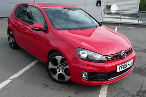 Vw Golf Gti Mk6 In Red Front Not My Photo If Anyone