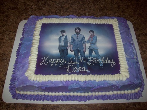 Photos Of Cake For Brother : Jonas Brothers Cake Jonas Brothers birthday cake Sweet ...