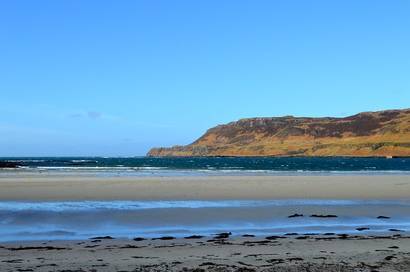 This is a picture of calgary bay on a unny day