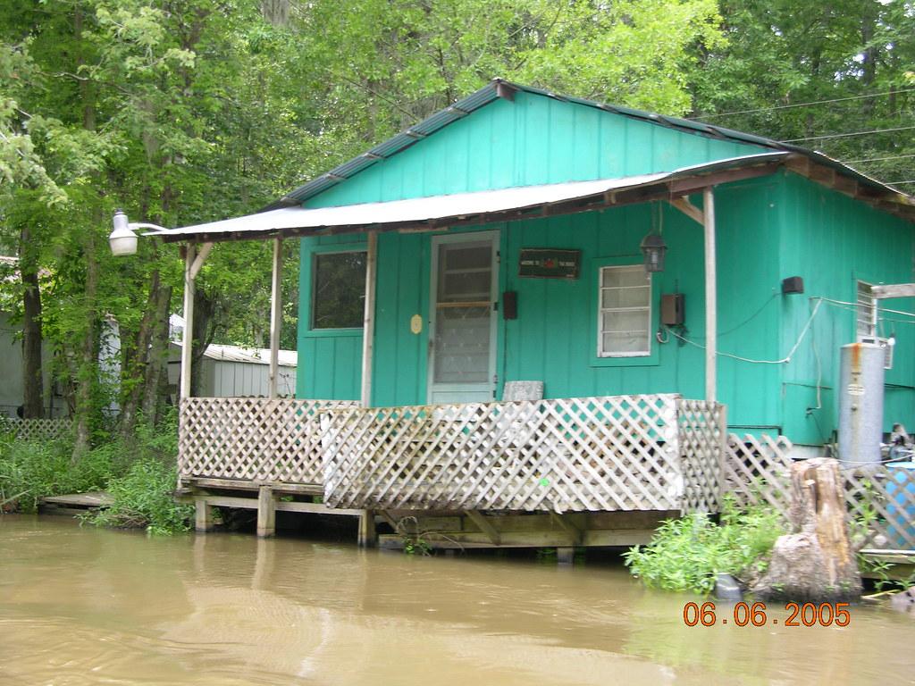 Louisiana swamp house | Greg Mitchell | Flickr