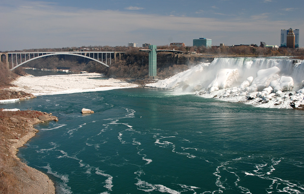 The Canada/USA border at Niagara Falls   Taken during my ...
