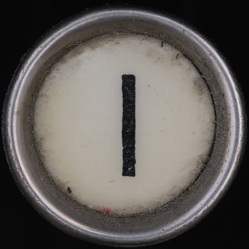 typewriter key letter I | by Leo Reynolds