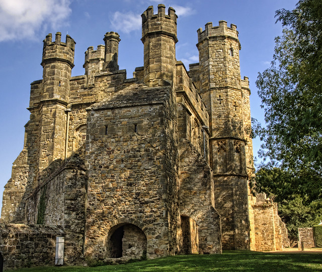 The Battle Abbey Gate House