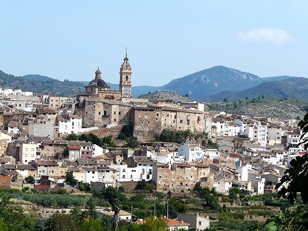 chelva    un hermoso y recoleto pueblo serrano de valencia