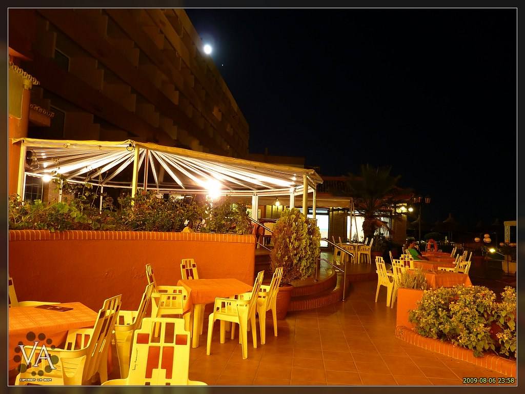 Moonlight lounge bar terraza a la luz de la luna flickr - Luces de terraza ...