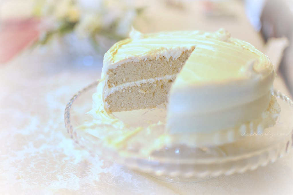 White Cake Cream Chees Frosting Heb