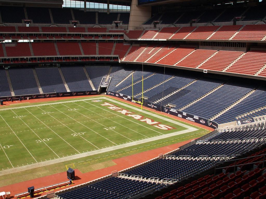 Houston Texas Reliant Stadium 2009 Texans Locker Room Suit